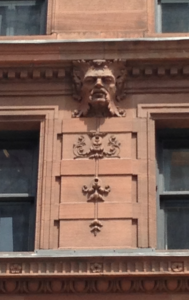 montreal_hotel_head_detail